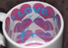 """Надпись внутри """"I Love You"""" (фиолетовые сердца)"""
